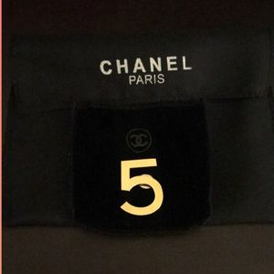 Chanel No.5 Goldtone Beauty Magnetic Pin